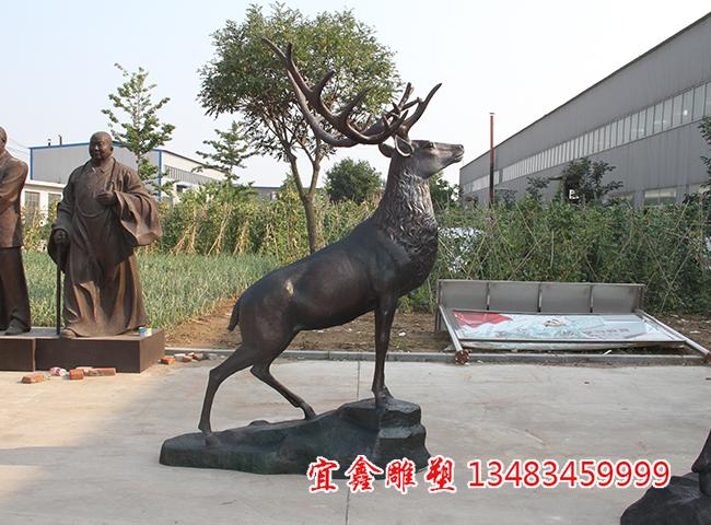 2.4米高景观铜雕鹿